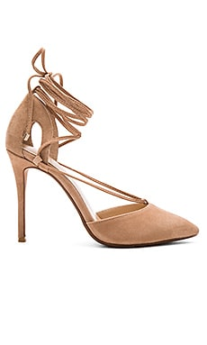 Tamrin Pump in Tan