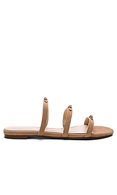 Wynn Sandal in Tan