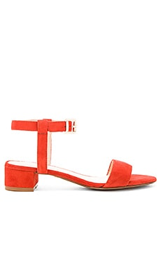 Andie Sandal in Poppy
