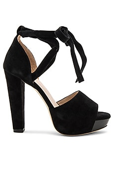Hadley Pump in Black
