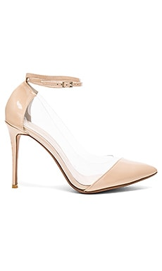 Tara Pump in Nude