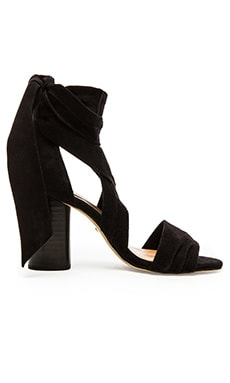 Mia Heel in Black