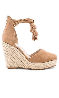 Dixie Wedge in Tan