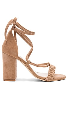 Lulu Heel in Tan
