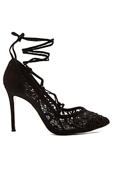 RAYE Taylor Pump in Black
