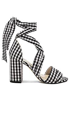 Купить Сандалии на каблуке samson - RAYE черного цвета