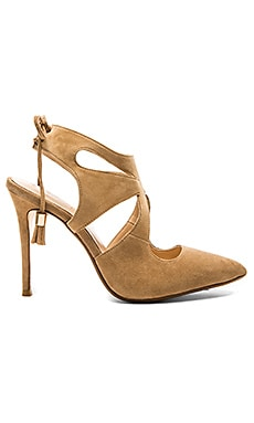 RAYE Tellie Pump in Tan