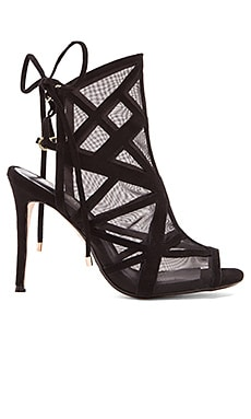 RAYE Bryn Heel in Black
