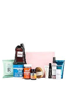 BOXE BEAUTÉ NEW YEAR NEW ME REVOLVE Beauty $100