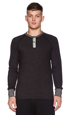 Reigning Champ L/S Henley in Black