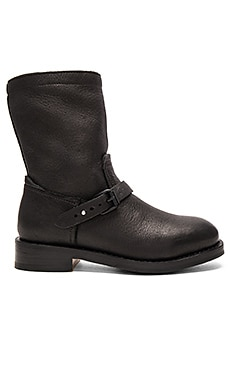 Oliver Boot in Black