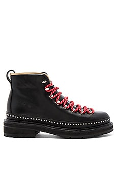 Compass Boot in Black