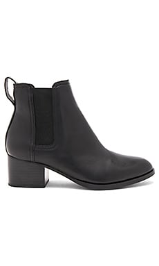BOTTINES EN CUIR WALKER