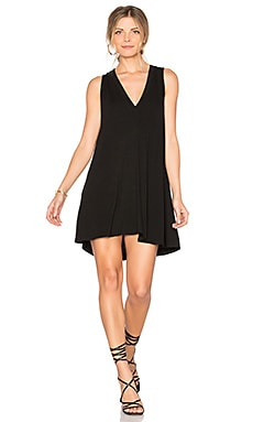 Daley V Neck Dress in Noir