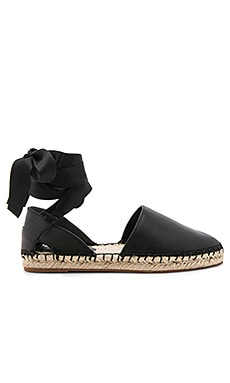 Vivien Flat in Black Nappa
