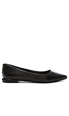 Fallon Flat in Black Nappa