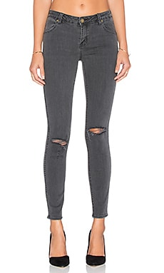 ROLLA'S Distressed Ankle Skinny in Beaten Black