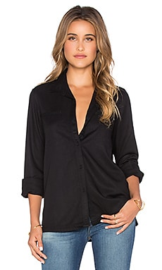 Trader Button Down in Black