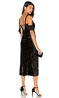 Kinsley Velvet Gown in Black