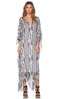 RACHEL ZOE Phillipa V Neck Caftan in Pure White & Black Multi