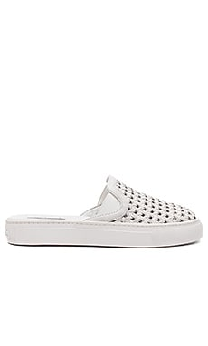 Bracker Slip On in White