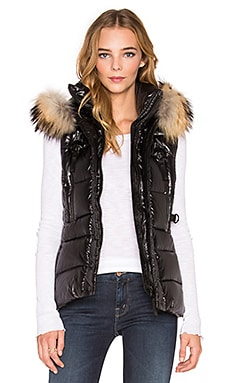 SAM. Legacy Asiatic Raccoon Fur Vest in Jet