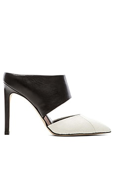 Sam Edelman Monroe Heel in Snow White & Black