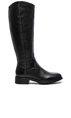 Ryan Boot in Black