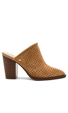 Bates Heel in Golden Caramel