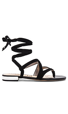 Davina Sandal in Black