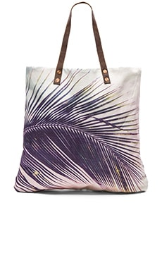 Samudra Makena Palm Flat Tote in Multi