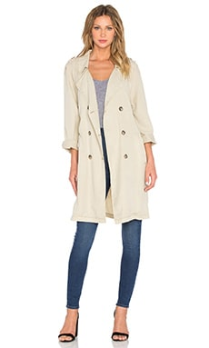 Jane in Paris Trench in Real Khaki
