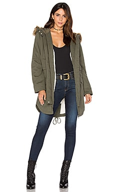 Kara Winter Faux Fur Parka en Militar