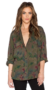 Sanctuary Boyfriend Button Up in Flora Flage