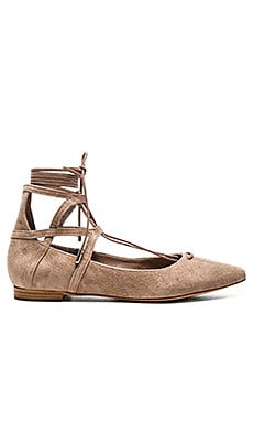 Schutz Beryl Flat in Neutral