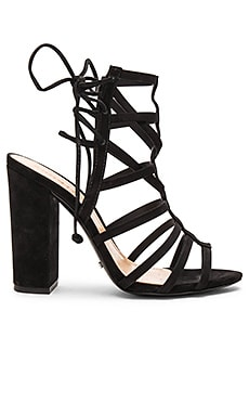 Loriana Heel in Black