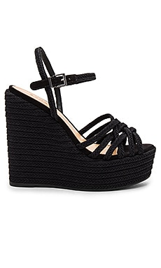 Leandrea Wedge