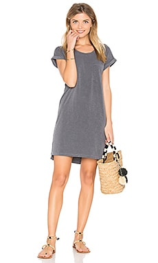 Roll Sleeve Tee Dress in Pigment Black