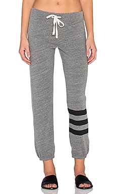 SUNDRY Classic Sweatpant in Heather Grey