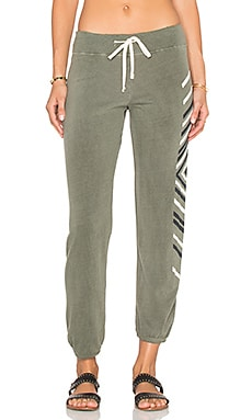 SUNDRY Chevrons Classic Sweatpant in Pigment Olive