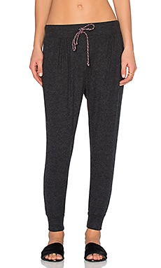 SUNDRY Pleated Slouchy Pant in Heather Charcoal