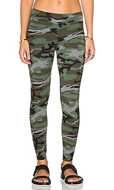SUNDRY Yoga Pant in Camo