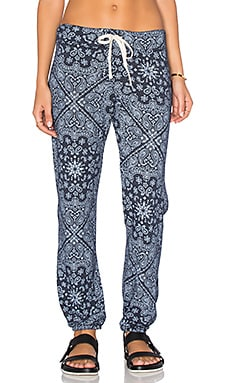 SUNDRY Bandana Pattern Fleece Sweatpant in Navy