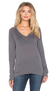SUNDRY Boxy Long Sleeve V-Neck Tee in Deep Forest