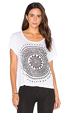 SUNDRY Sunburst Square Tee in White