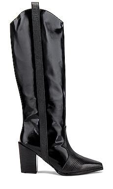 Quivella II Boot SENSO $350
