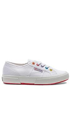 2750 & 2790 Multi Eyelet Sneaker