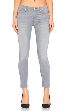 The Ankle Skinny en Featherweight Grey