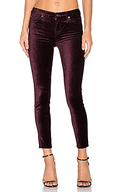 The Contour Velvet Ankle Skinny en Boysenberry