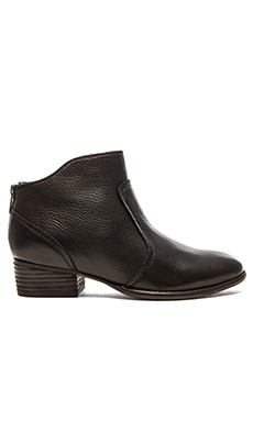 Seychelles Reunited Bootie in Black